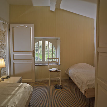 The second twin-bedded room with airconditioning