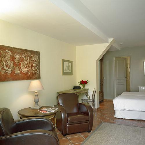 Gite Sauternes, la deuxième chambre, au rez-de-chaussée équipé d'une climatisation